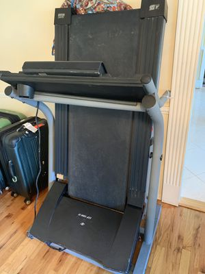 NordicTrack Treadmill for Sale in Huntington Station, NY