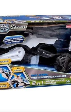 Max Steel Vehicle & Figure Transforming Dune Jet for Sale in Miami,  FL