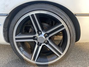 Irocs front are 18s n back are 20 in front have 80 percent tier n back have 65 percent tier need gone for Sale in Stockton, CA