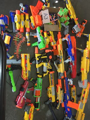 30 nerf guns and over 200 bullets for Sale in Houston, TX
