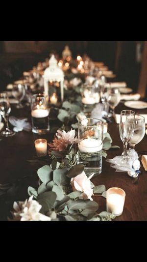 Glass Cylinder vases/ Hurricane vases for center piece wedding for Sale in La Habra, CA