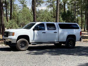 LEER White Camper Shell (short bed) for Sale in Queen Creek, AZ
