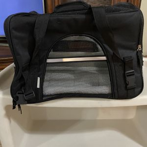 Small Dog Travel Carrier for Sale in Apopka, FL