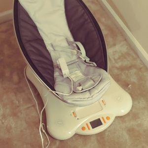 MamaRoo Baby Swing for Sale in Mt. Juliet, TN