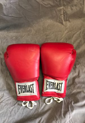 Boxing gloves for Sale in Churchville, NY