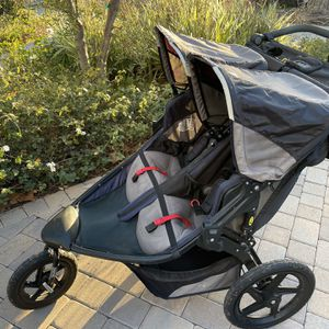 Bob Duallie Revolution Pro Jogging Stroller, Navy and Grey, 2016 Deluxe Model for Sale in Los Angeles, CA