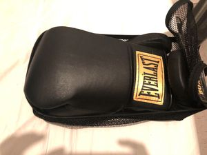 14 oz Durahide Everlasting boxing gloves for Sale in New York, NY