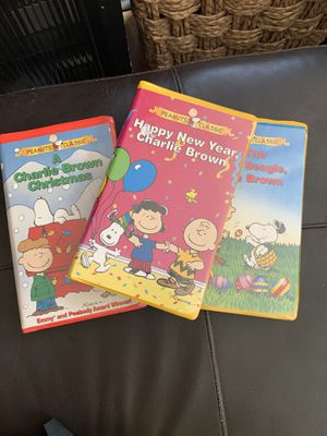3 VHS Charlie Brown Classics for Sale in Aurora, IL