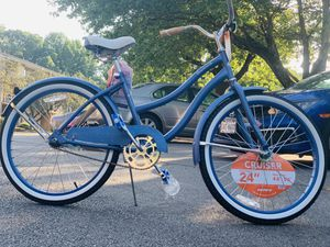 New Cruiser Bike / Cycle for Girls for Sale in Herndon, VA