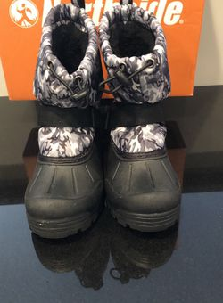 Northside Cammo Snow Boots Size 13 for Sale in Cherry Hill,  NJ