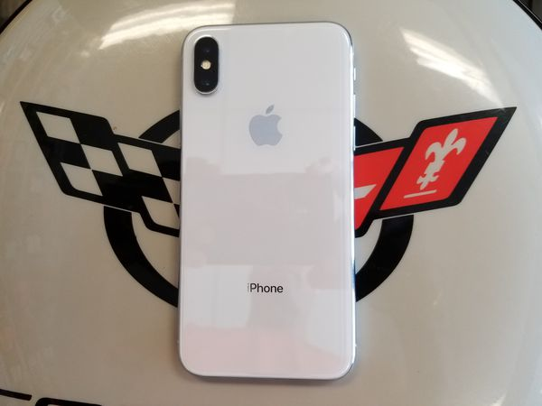 Unlocked White iPhone X 256 GB
