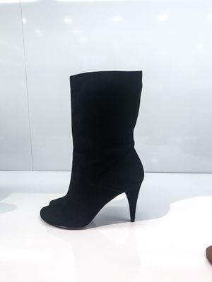 Michael Kors Suede Boots for Sale in St. Louis, MO