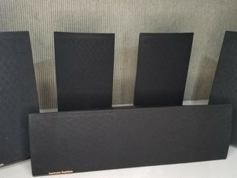 Harman Kardon Surround Sound Speakers 5 Piece Set for Sale in Las Vegas,  NV