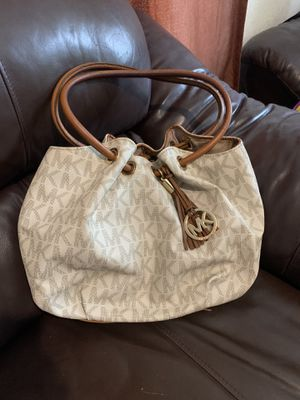 Michael kors bag for Sale in Donna, TX