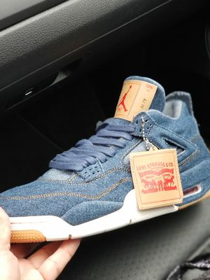 Levis 4s $200 NO TRADES for Sale in Philadelphia, PA