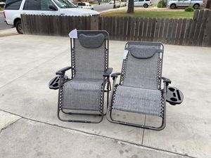 Oversized Zero Gravity Chairs Case Of (2) Foldable Recliner Lounge Padded with Pillow Drink Cup Holder, Gray for Sale in Baldwin Park, CA