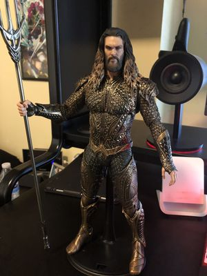 Hot toys Aquaman for Sale in Garden Grove, CA