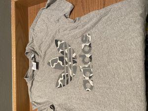 Adidas grey camo trefoil shirt for Sale in Newcastle, WA
