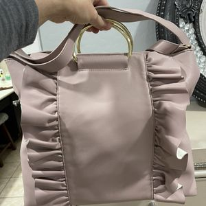 Hand Bag for Sale in Avondale, AZ
