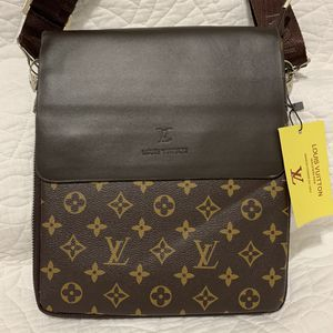 Men's Crossbody Messengers Bag for Sale in Houston, TX