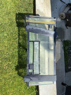 55 gallon fish tank. for Sale in Murrieta, CA