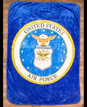 """Jumbo 60"""" x 80"""" Plush Air Force Throw Blanket for Sale in Palmdale, CA"""