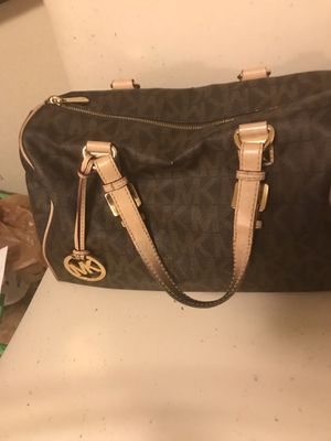 Michael kors purse for Sale in Collinsville, IL
