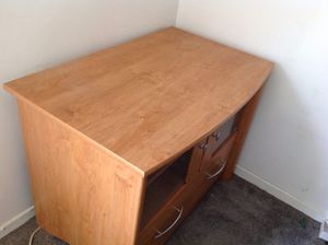 Desk for Sale in Henderson, NV