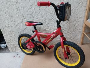 "Huffy Disney Cars Lightning McQueen 14"" kids children boys Bike bicycle (Ages 3-6, Height 37""-46"") for Sale in Deerfield Beach, FL"