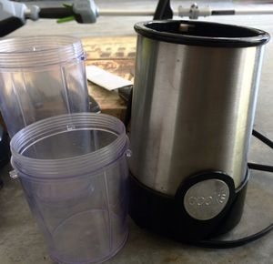 Personal blender with attachments and cups for Sale in Easley, SC