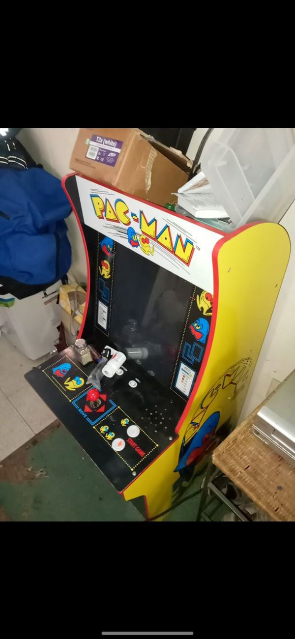 Vintage Pacman and Galaga arcade games...very good condition...both wrk...wanna sell together but will split up