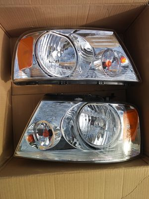 2004-2008 ford f150 chrome amber HEADLIGHTS for Sale in Dallas, TX