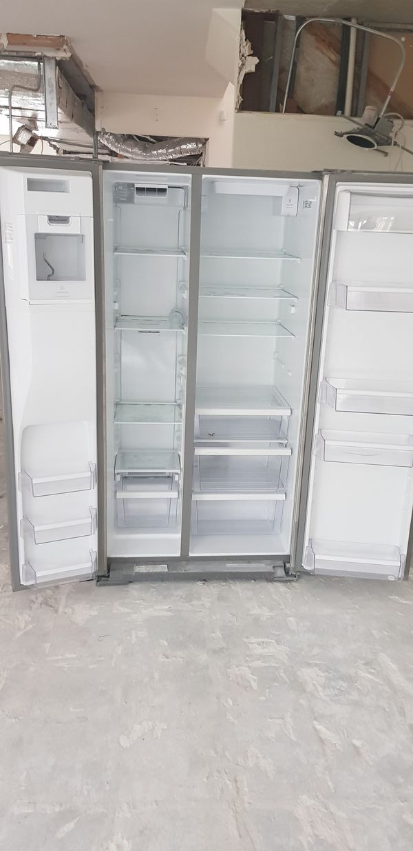 Refrigerator/ Freezer