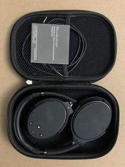 Brookstone Noise cancelling Bluetooth Headphones for Sale in San Jose,  CA