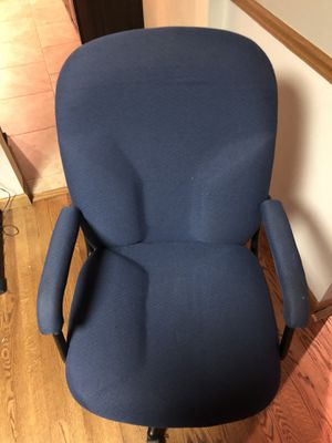 Blue Office Chair for Sale in Appleton, WI
