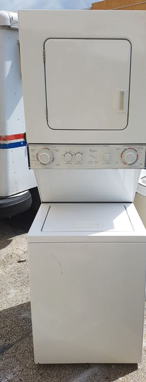 24 inch stackable washer and dryer set for Sale in Miami, FL