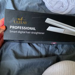Straightener for Sale in Mason,  OH