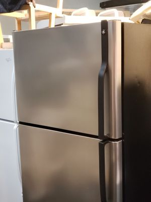 Ge 30 inch stainless steel Refrigerator for Sale in San Francisco, CA