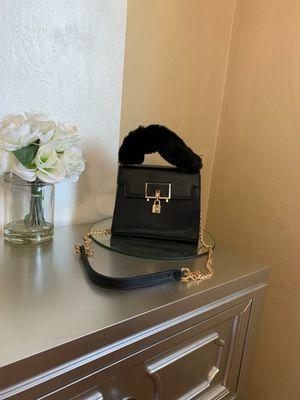 New Fur Lock bag for Sale in San Leandro, CA