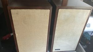 Vintage smaller Advent speaker in very good condition tested for Sale in Orlando, FL