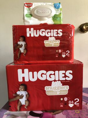 Huggies little snugglers size 2 (113 DIAPERS + WIPES)- -$25 FOR ALL !! for Sale in Riverdale, GA