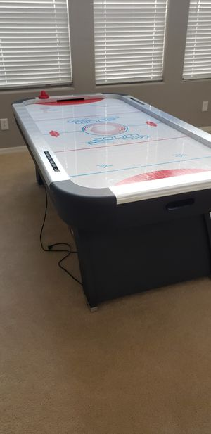 Arcade size air hockey table for Sale in Las Vegas, NV