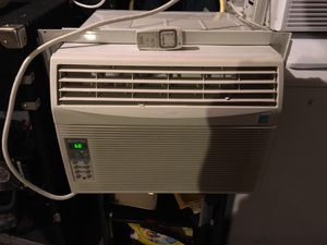 SHARP 10000 BTU window air conditioner for Sale in Chicago, IL
