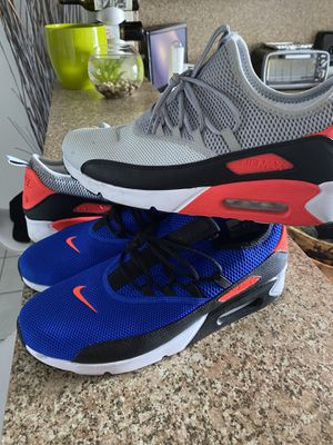 2 pair shoes Nike max Air 11 good condition for Sale in Fort Lauderdale, FL