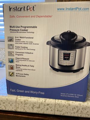 Instant pot 6 quart for Sale in ROWLAND HGHTS, CA