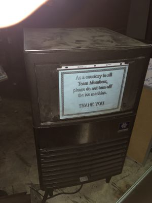 mini ice fridge WORKS OR MONEY BACK for Sale in Riverview, FL