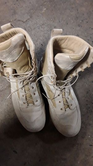 Danner marine boots tan color used but still in good condition size 13 for Sale in Woodbridge, VA