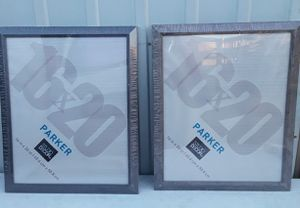 2 picture frames 16×20 for Sale in Fresno, CA