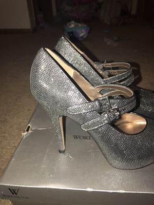 Size 8 open toed dark gray sparkly high-heeled shoes for Sale in Columbus, OH