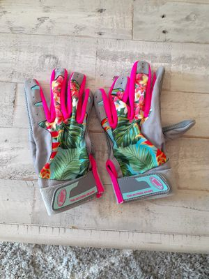 Biiip's Women's M softball gloves for Sale in Peoria, AZ